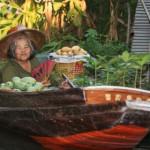 Händlerin auf dem Floating Market in Damnoen Saduak