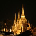 Ayuthaya - Chedis bei Nacht