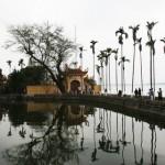 Hanoi - Tempel am See