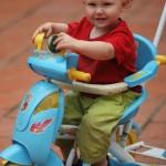 Thanh Son - Felix im Dreirad