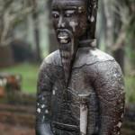 Hue - Das Tu Duc Grab - Statue