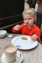 Felix beim Frühstück