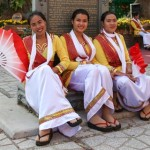 Tänzerinnen in Cham Tracht