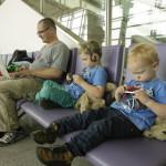 Warten am Flughafen in Saigon