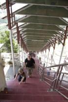 Die Treppen hinauf