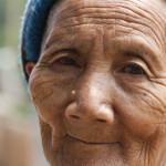 77 Jahre alte Frau