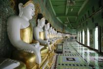 Buddhas der Umin Thounzeh Pagode