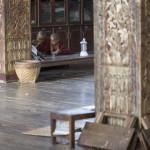 Mönche beim Fernweh gucken